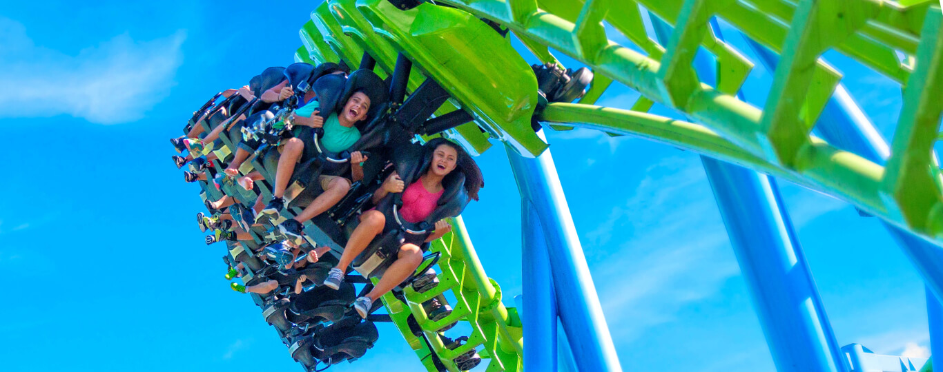 Guests riding Twisted Typhoon